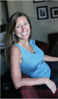 Dr. Leslie Hammond